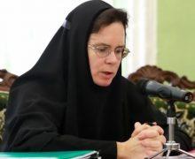 Религиозные организации в России надеются, что закон о переобучении священников не будет иметь обратной силы