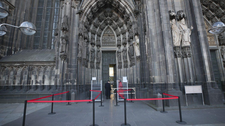 Кёльнский собор закрывается для туристов