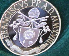 В Ватикане сообщили о планах выпуска памятных монет и марок в 2021 году