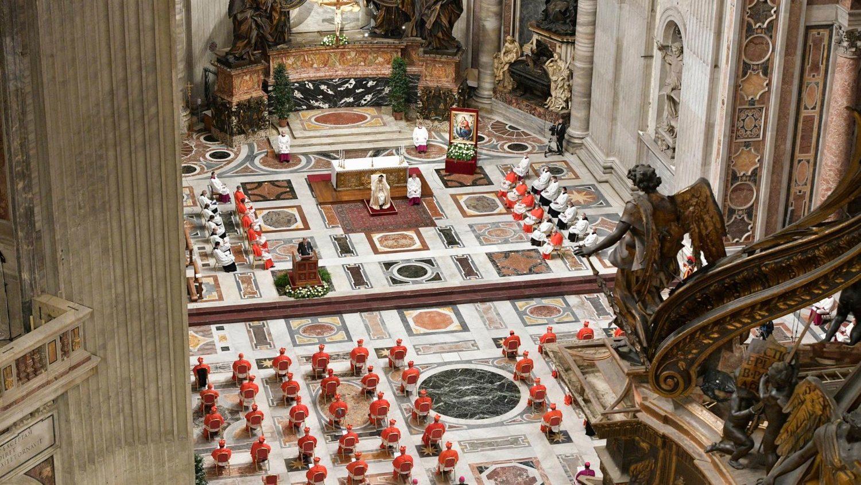 В Ватикане состоялась консистория по возведению в сан 13 новых кардиналов