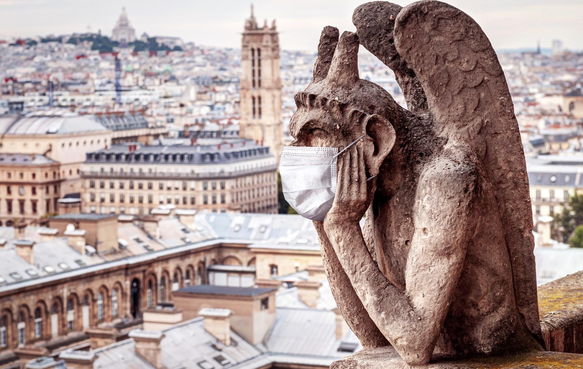 Госсовет Франции отклонил требование католических епископов о разрешении публичных служб