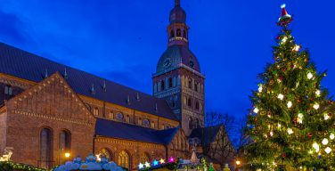 Больше всего храмов в Латвии принадлежит лютеранам и католикам