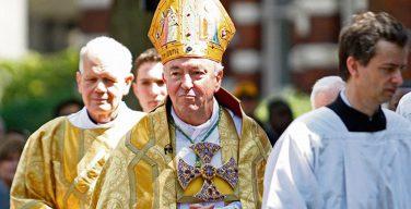 Достигнув 75-летнего возраста, кардинал Николс остается главой епископата Англии и Уэльса