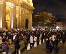 Власти Франции разрешат католикам проводить мессы не ранее декабря — СМИ