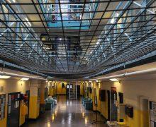 Епископы Великобритании призывают защитить заключенных во время второй волны COVID-19