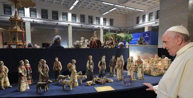 Папа: рождественский вертеп – катехизис народа Божия (ФОТО)