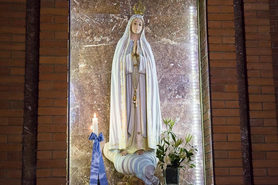 Католики в Новосибирске отметили праздник Непорочного Зачатия Пресвятой Девы Марии (ФОТО)
