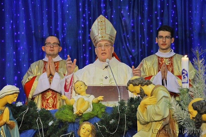 Архиепископ Тадеуш Кондрусевич отпразднует Рождество в Минске