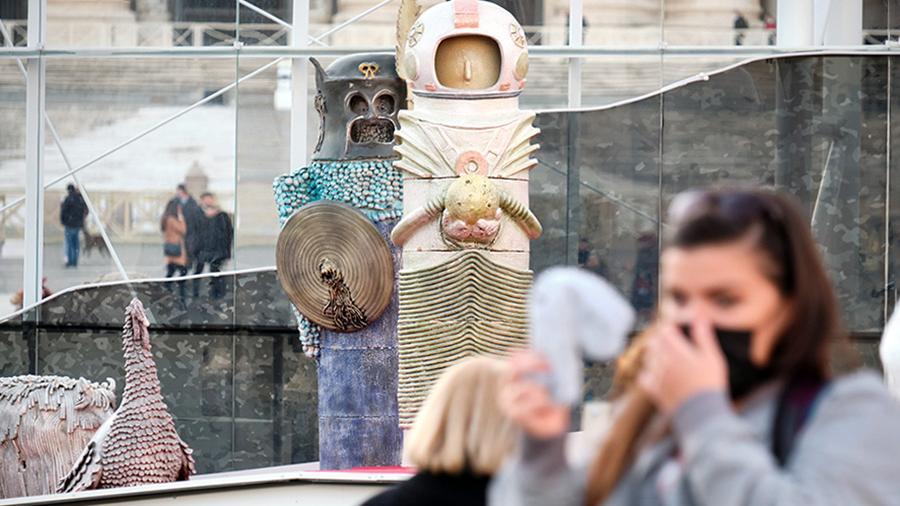 Посетителей Ватикана удивила фигура космонавта на рождественском вертепе