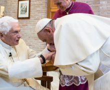 Бенедикт XVI по-прежнему может внятно говорить — архиепископ Генсвайн