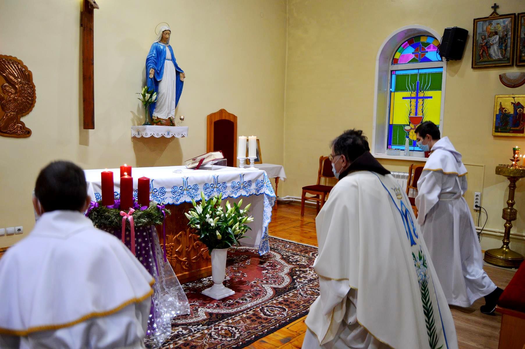 «Воскресенье радости» и престольный праздник в приходе новосибирских францисканцев (+ ФОТО)