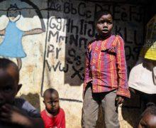 Иезуиты, трудящиеся в Африке: борьба со СПИДом – это «война, конца которой не предвидится»
