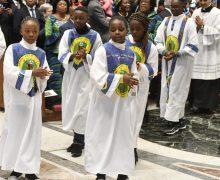 Папа обратился с видеопосланием по случаю презентации книги о заирском обряде