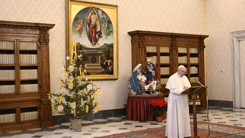 Папа: свидетели веры несут в мир свет Христа