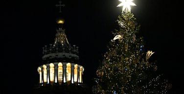 Христиане многих стран готовятся к празднованию Рождества в условиях пандемии
