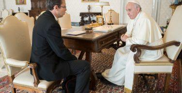 «Всемирная сеть молитвы Папы» стала ватиканским фондом