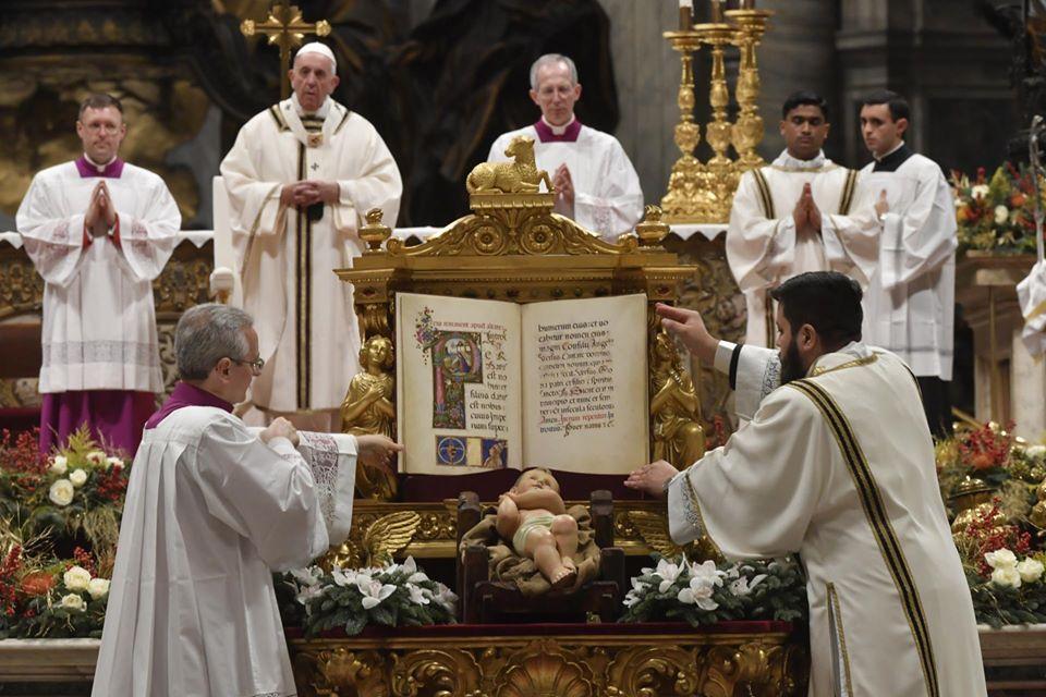 Богослужения рождественского периода с Папой Франциском