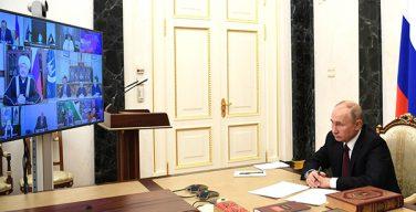 Президент РФ поручил Минфину предоставить духовным школам льготные страховые тарифы
