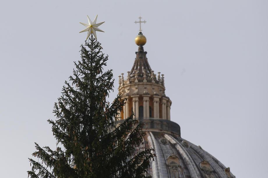 Папа: пандемия неспособна погасить свет Божьей благости