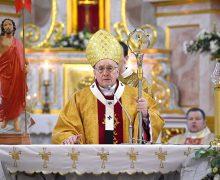 Лукашенко поручил найти решение ситуации с архиепископом Кондрусевичем