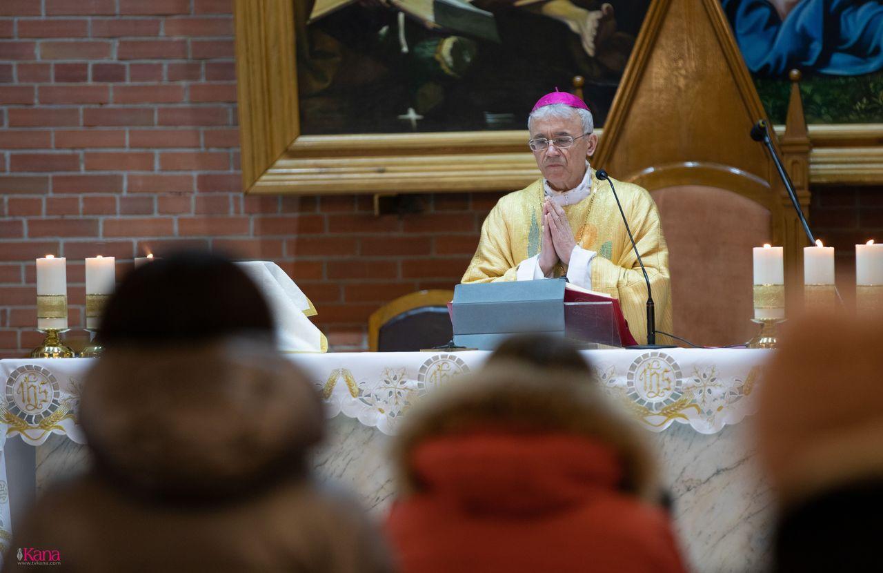 Торжество Богоявления в Кафедральном соборе Преображения Господня (ФОТО)