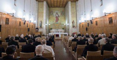 В связи с пандемией COVID-19 традиционные великопостные духовные упражнения для Римской Курии в Аричче будут отменены