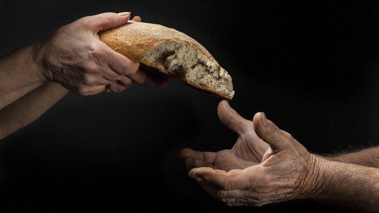 Папа Франциск: бедность недопустима, пусть мир будет более братским