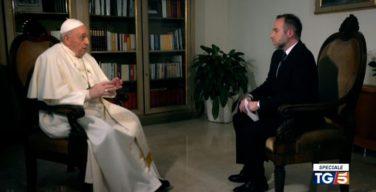 Папа Франциск настаивает, что вакцинация против коронавируса есть не только свободный выбор, но и долг каждого