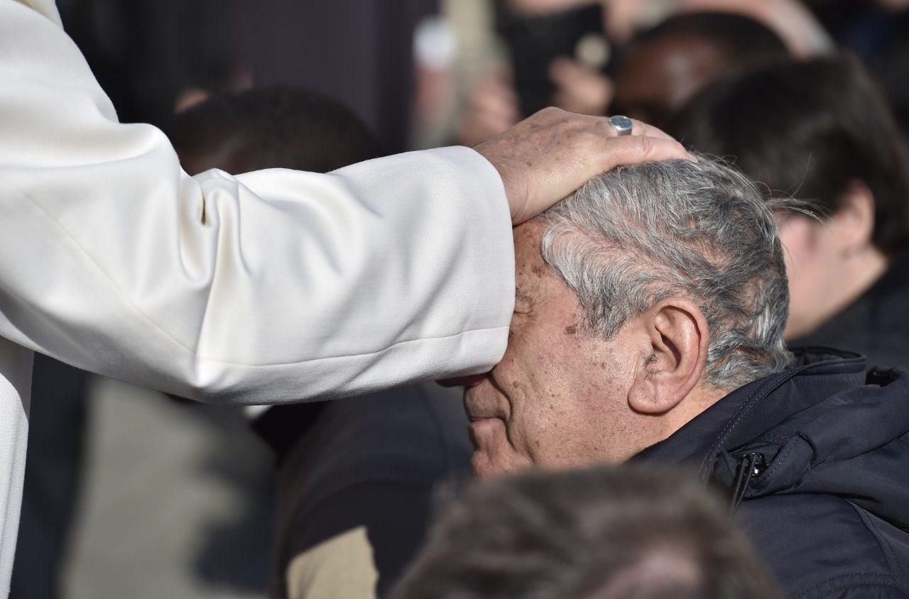 Послание Папы на XXIX Всемирный день больного