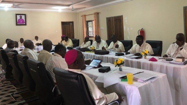 Епископы Ганы: равные права не включают однополые «браки»