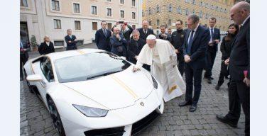 Папа Франциск оказывает помощь христианам Ирака