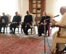 Папа Франциск призвал священников подражать отцовству святого Иосифа