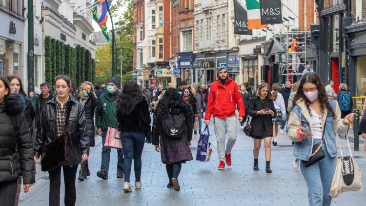 Ирландские епископы просят ослабить ограничения для Церкви