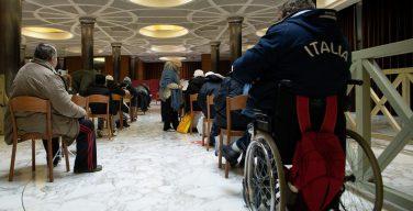 1200 бедняков будут привиты на Страстной неделе в Ватикане