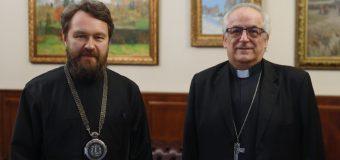 Митрополит Волоколамский Иларион встретился с Апостольским нунцием в РФ