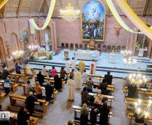 «Принимать этот дар каждый день с благодарностью». Воскресная Месса в Новосибирске в честь 30-летия обретения религиозной свободы