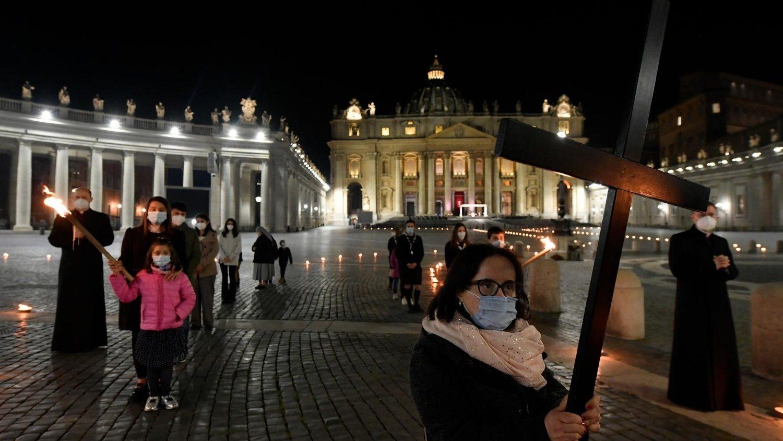 Крестный путь в Ватикане: страдания человечества глазами детей