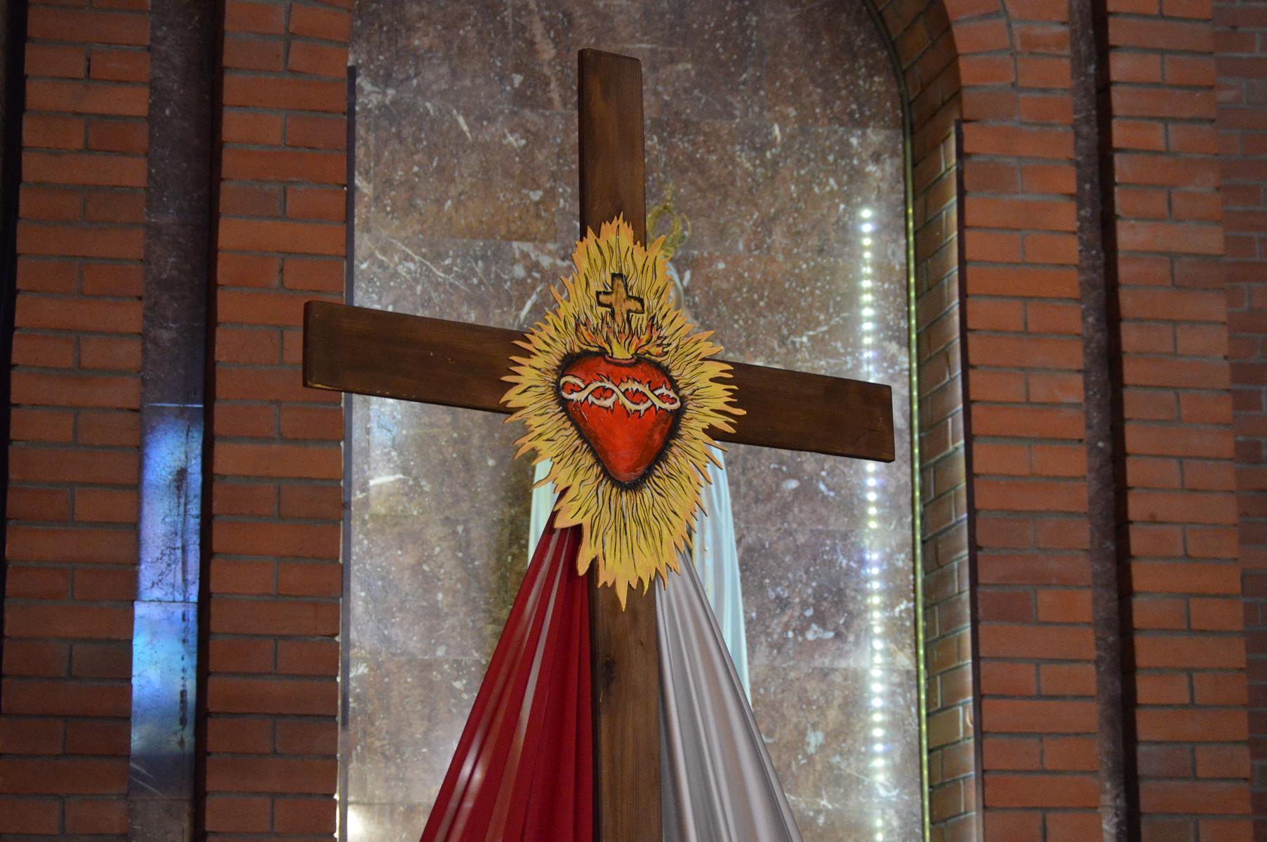 Крестный путь вКафедральном соборе (ФОТО)