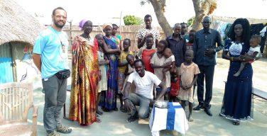 Папа молится о раненном вЮжном Судане миссионере