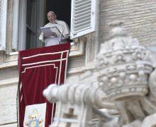 Regina Caeli 18 апреля. Папа напомнил, что не существует христианства «на расстоянии»
