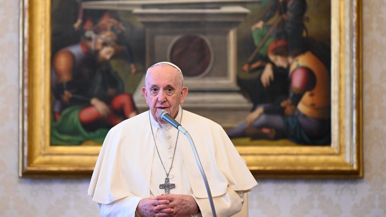 Мир держится на молитве. Общая аудиенция Папы 14 апреля