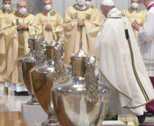Папа на Литургии Великого Четверга: благовестие неотделимо от креста (+ ФОТО)