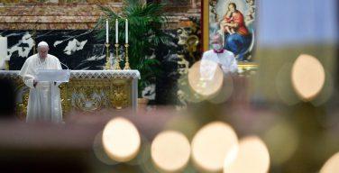 Папа Франциск возглавил богослужения Светлого Христова Воскресения в соборе Святого Петра