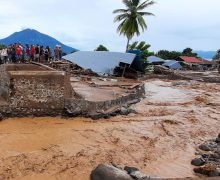 Папа молится о жертвах наводнений в Индонезии и Восточном Тиморе