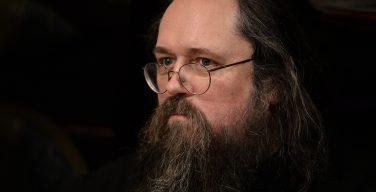 Протодиакон Андрей Кураев прокомментировал решение Патриарха Кирилла о его сане