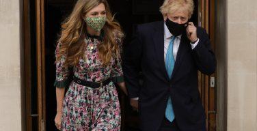 Премьер-министр Великобритании обвенчался в католическом соборе Лондона