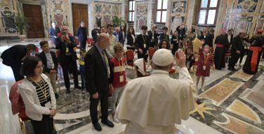 На встрече с ассоциацией «Метер» Папа призвал бороться с застарелой привычкой к укрывательству