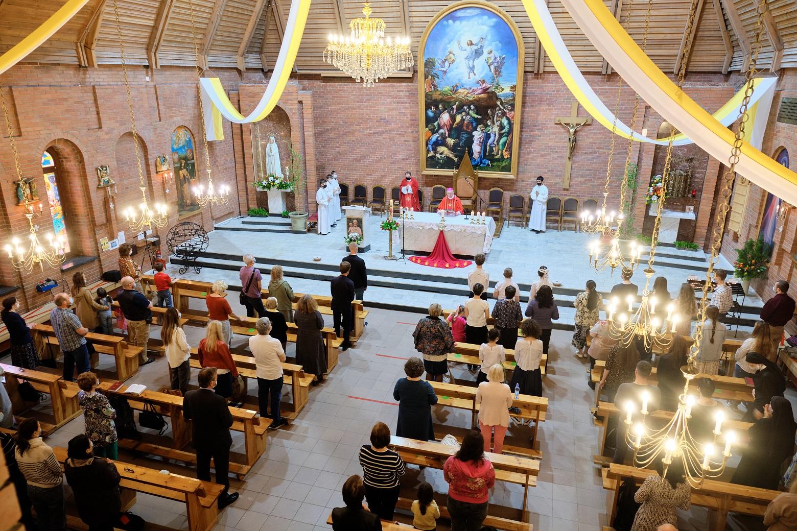 Post scriptum: Пятидесятница в кафедральном соборе — в объективе Студии «Кана» (ФОТО)