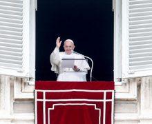 Слово Папы Франциска перед чтением молитвы «Ангел Господень» в торжество Пресвятой Троицы. 30 мая 2021 г., площадь Святого Петра