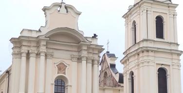 Белорусский Нотр-Дам: специалисты обследуют пострадавший от огня костел